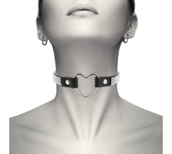 COQUETTE HAND CRAFTED CHOKER VEGAN LEATHER - HEART